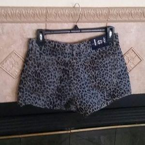 lei Shorts - Neutral leopard print jean shorts